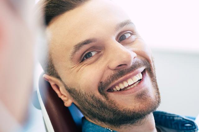 Entspannt beim Zahnarzt – Die Lachgas-Sedierung